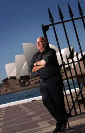 "Special award for ""the great son of Sydney"", Clive James."