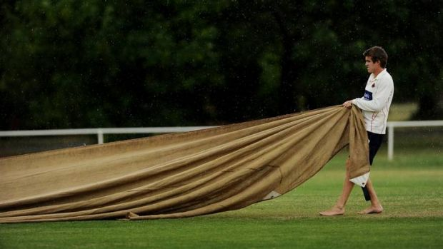 The covers come out at the Eastlake vs Queanbeyan game at Kingston Oval.
