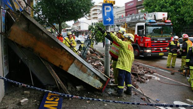 Fatal incident ... the awning that collapsed in Balgowlah in 2007.