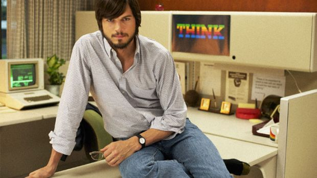 First look at <i>Two and a Half Men</i> actor Ashton Kutcher as Steve Jobs.