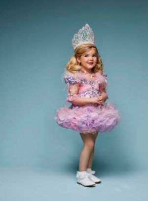 An image from the reality TV series <i>Toddlers & Tiaras</i>.