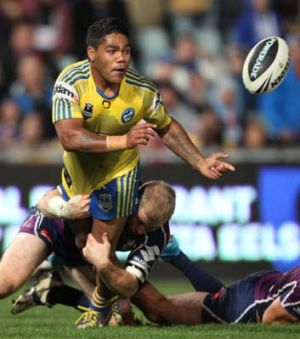 Better mateship ... Chris Sandow in action for the Eels.