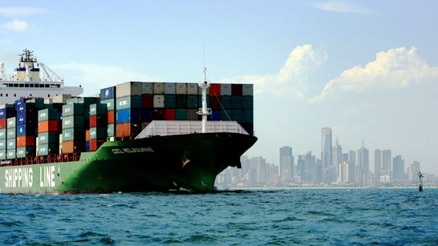 Report to the Commonwealth predicts massive growth in shipping container activity in the Port of Melbourne.