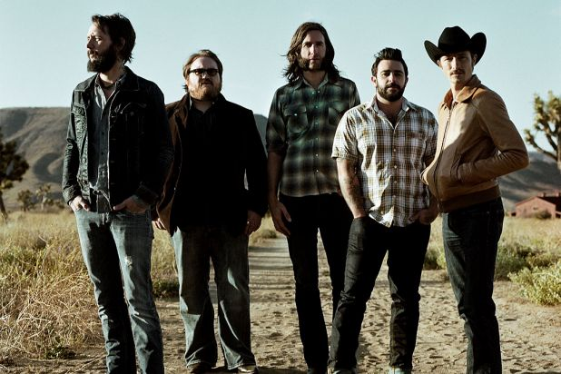 1970s rock obsessives <b>Band of Horses</b> released another fine album.
