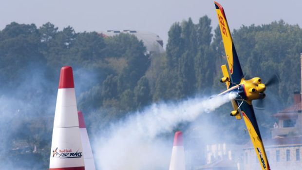 Hosting the Red Bull Air Race is too expensive for Perth.