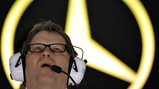 Mercedes motor sports director German Norbert Haug will step down at the end of 2012 after 22 years in charge.