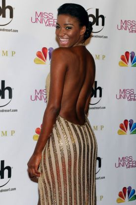 Leila Lopes, Miss Universe 2011, arrives at the 2012 Miss Universe Pageant at Planet Hollywood Resort & Casino on ...