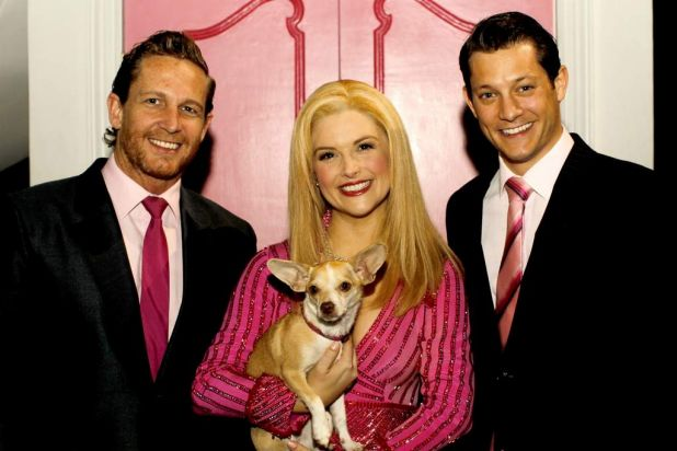 The 'Legally Blonde' cast includes some pampered pooches.