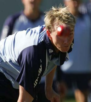 Fast ball ... retired NSW great Brett Lee has defended axed coach Anthony Stuart and targeted Cricket NSW leadership.