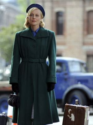<i>Downton</i> Down Under: Marta Dusseldorp stars in Seven's <i>A Place to Call Home</i>.