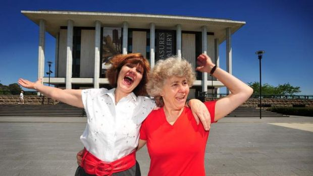 Canberra singers Glenda Cloughey of Griffith and Johanna McBride of Farrer will be singing in the National Library in ...