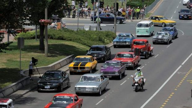 The Citycruise convoy rolls along Northbourne Avenue in Civic in 2012.