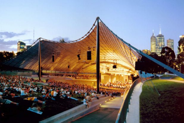 The Sidney Myer Music Bowl hosts four free concerts by the Melbourne Symphony Orchestra at sunset.