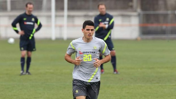 Tomas Rogic will train with Scottish giants Celtic.