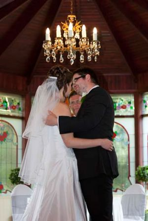 The money shot ... Jarrad and Sheree Mitchell on their wedding day.