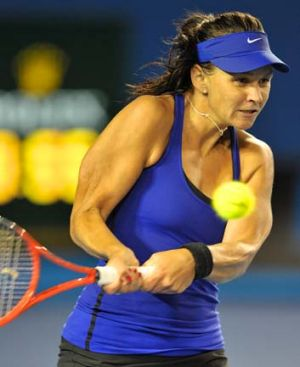 Casey Dellacqua has had more injury worries.