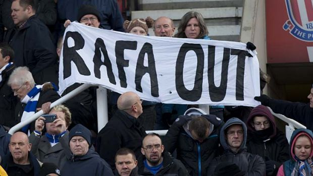 Fans voice their feelings on Rafa Benitez.