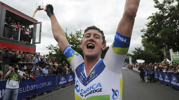Watch out Wiggins … Luke Durbridge proves his versatility by defending his time trial title and claiming the elite ...