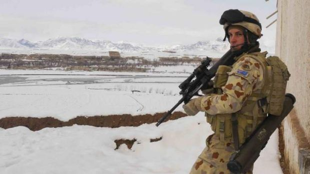 Modern warfare ... Uncommon Soldier describes life in the Australian Army for troops, such as Private Warwick Lucas in ...