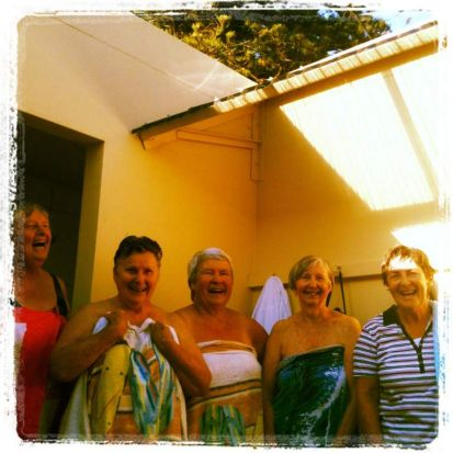 Shelley pool girls. Photo: Del Merrett