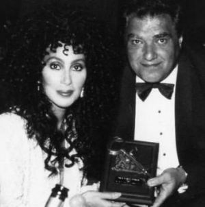 Cher with Adelaide's Key to the City in 1990.