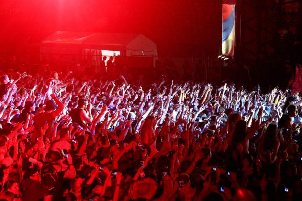 The crowd during Red Hot Chilli Peppers performance.