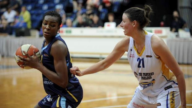 Canberra's Valeri Ogoke battled valiantly against the Boomers on Friday.