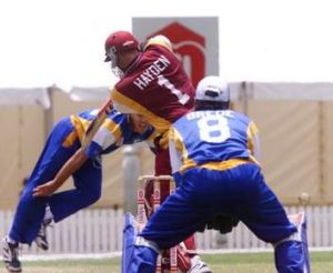 Matthew Hayden takes on the old Comets in 1999.