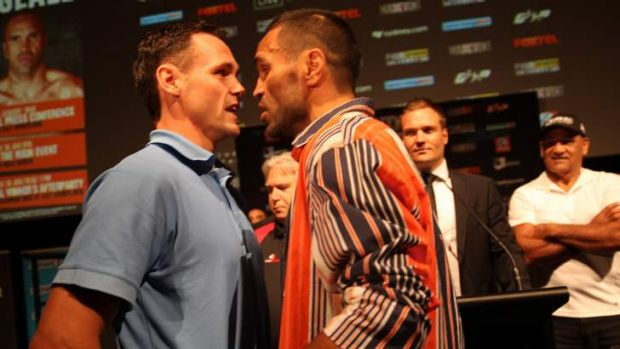 Face-off: Daniel Geale and Anthony Mundine shoot the breeze on Monday.
