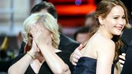 'Wardrobe malfunction' shock at SAG awards (Video Thumbnail)
