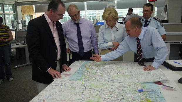 Campbell Newman briefs Governor-General Quentin Bryce on the Queensland floods.