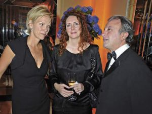 """Movers and shakers … Elisabeth with former """"News of the World"""" editor Rebekah Brooks and Armenian-born property tycoon ..."""