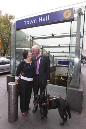 Victory ... Graeme Innes with his wife Maureen after the verdict.
