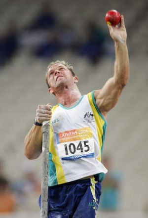 Hamish MacDonald competing at the Athens Paralympic Games in 2004.