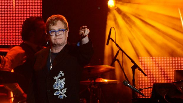 Song for Ai ... Elton John dedicated his performance to dissident artist Ai WeiWei.