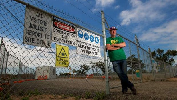 Former Briagolong worker Ron Smith on the picket line at the Werribee project on Tuesday.