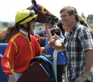 Peter Robl chats with Two Piece trainer David Vandyke.