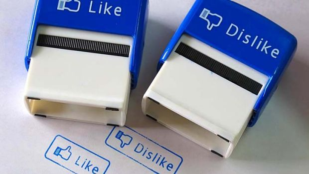 """Facebook's """"Like"""" feature must have free-speech protection, a US court has been told."""