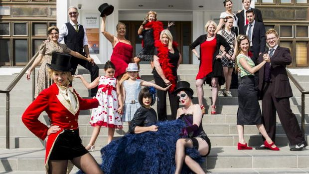 Canberra sweethearts behind spiegeltent magic for Act ii salon fairfax