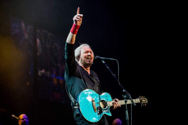 Barry Gibb performing.
