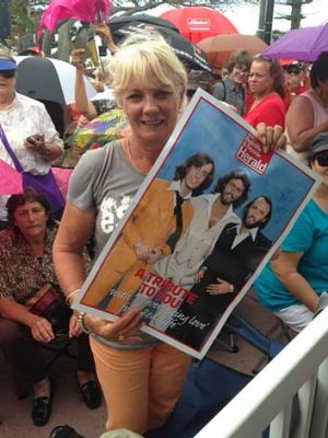 Lyn McConachy went to school with Maurice and Robyn Gibb at Cribb Island State School. She also lived across the road ...