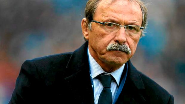 Italy's coach Jacques Brunel.