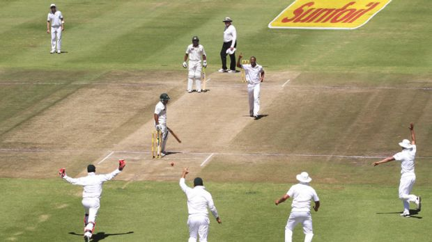 Vernon Philander snares the wicket of Pakistan's Asad Shafiq.