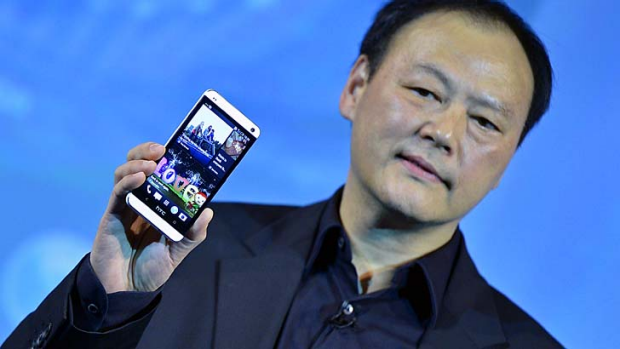 """""""BlinkFeed transforms your home screen """" ... HTC CEO Peter Chou."""