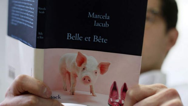 """Beauty and the Beast"" or ""Beautiful and Stupid"")  ... either translation fits for Marcela Iacub's book about her ..."
