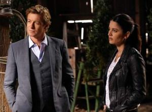 Simon Baker continues to deliver Patrick Jane's shtick flawlessly in <i>The Mentalist</i>.
