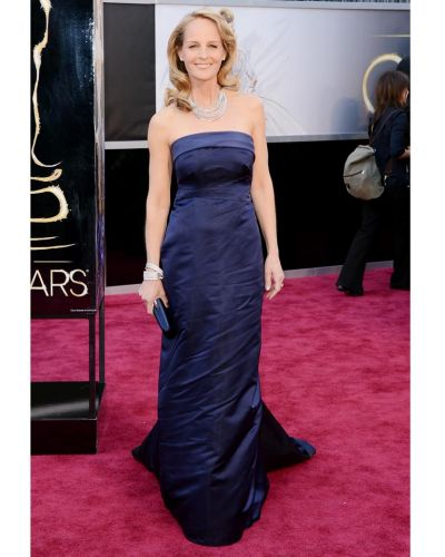 Actress Helen Hunt arrives at the Oscars at Hollywood & Highland Center on February 24, 2013 in Hollywood, California.