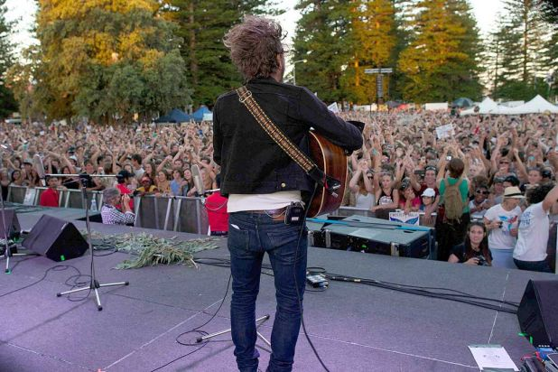 John Butler performs for the 20,000-strong crowd.