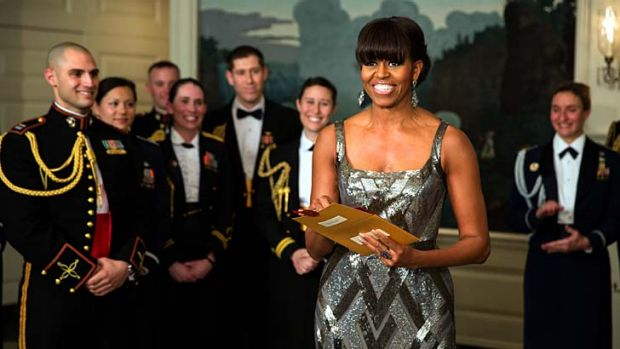 Original ... Michelle Obama announces the Best Picture Oscar.