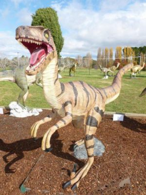 This Utahraptor was stolen from the National Dinosaur Museum.